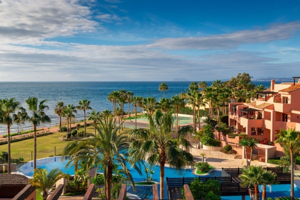 Apartment for sale in Estepona (New Golden Mile)