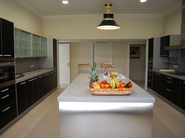 395003-kitchen