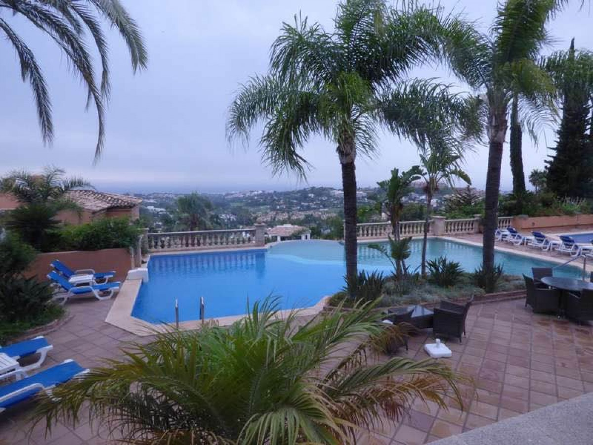 Apartment for long term rent in Nueva Andalucia