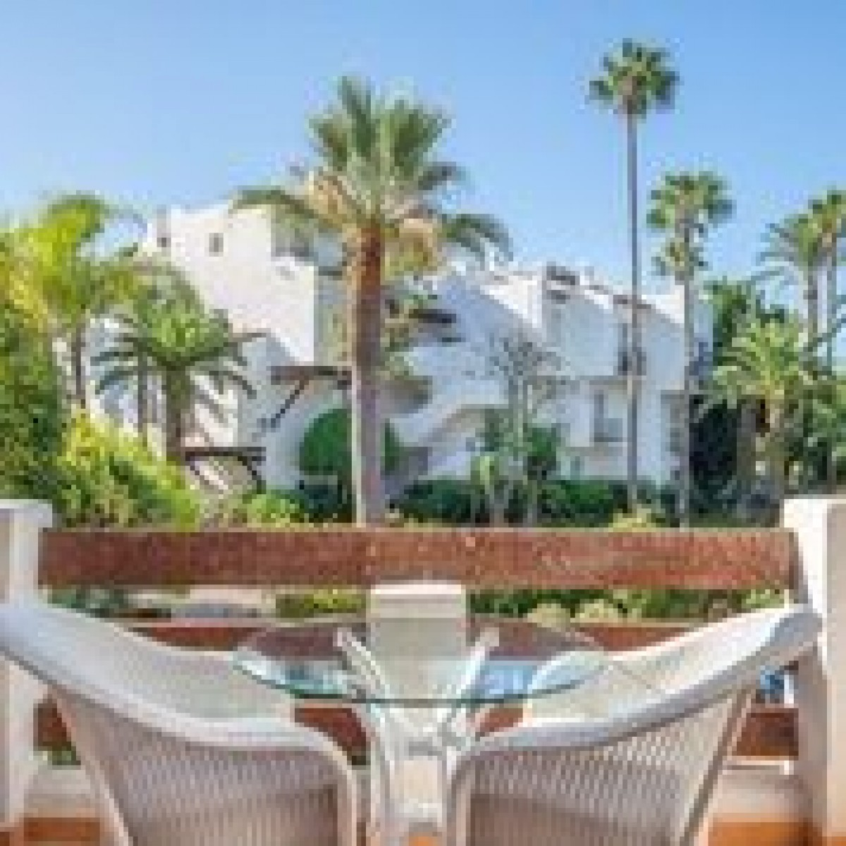 Stunning 3 bedroom apartment for sale in Estepona Playa, Marbella.