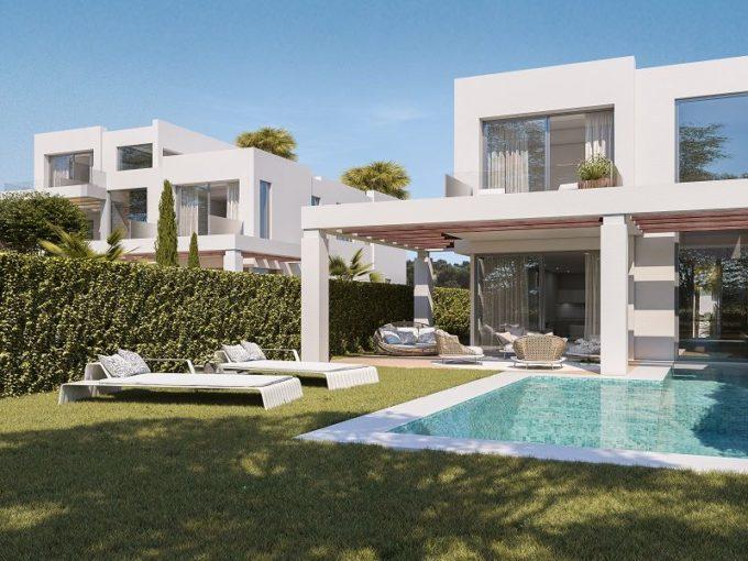 Luxurious Villas for sale in Cabopino, Marbella