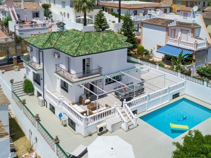 Casa Verde, Modern Villa in fantastic location in Nueva Andalucia