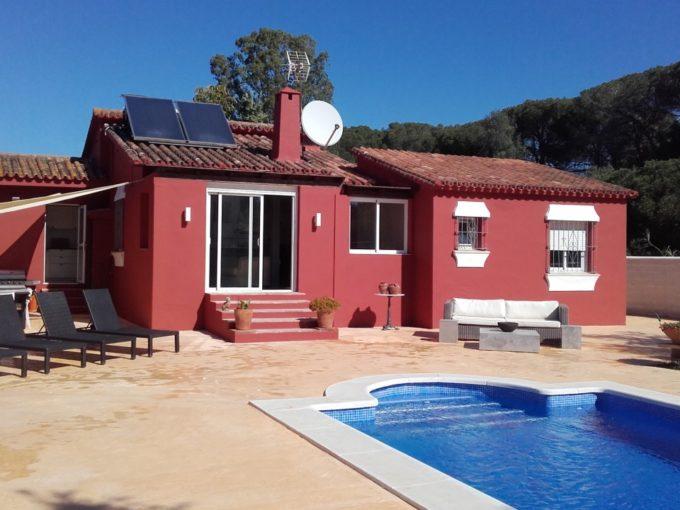 Charmin 3 bedroom Villa in an ideal holiday location