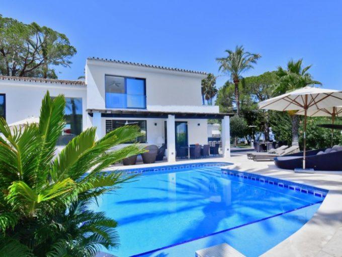 Modern 5 bedroom Villa in Nueva Andalucia