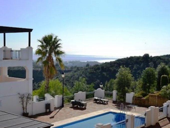 2 Bedroom Apartment in Los Monteros