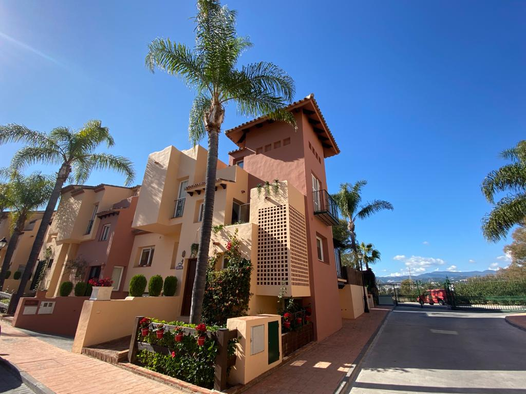 3 bedroom townhouse in Nueva Andalucia