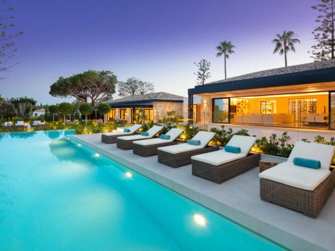 Beautiful contemporary Villa for sale