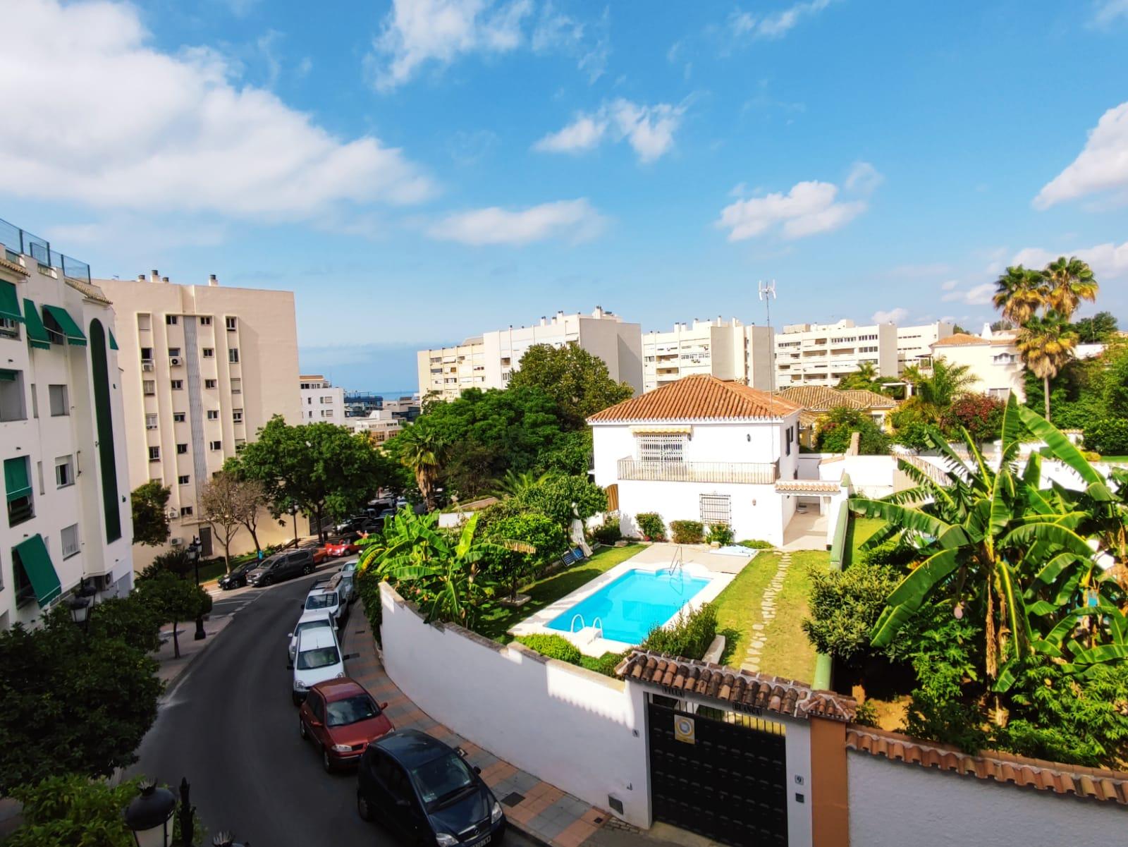Beautiful 2 b aparment in the Urban Center Marbella